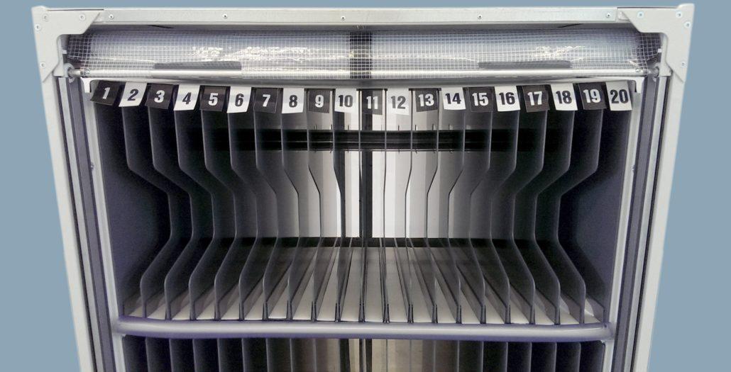Kunststoffplattengefache für die Automobilindustrie